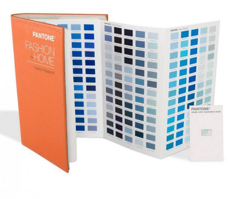 2015 Edition PANTONE TCX Color Cotton Passport Card